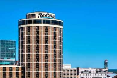 Radisson Hotel Harborview Duluth