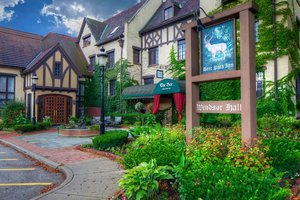 Deer Path Inn Lake Forest
