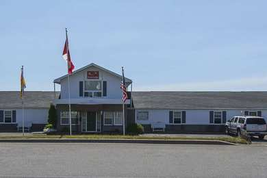 Econo Lodge Inn & Suites St John