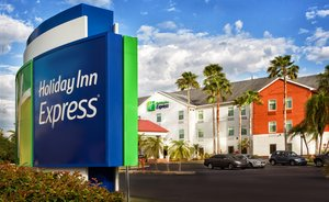Holiday Inn Express Hotel Suites Port Charlotte