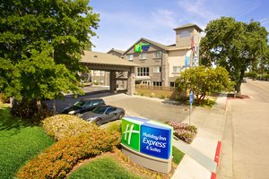 Holiday Inn Express Hotel Suites Paso Robles