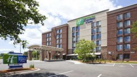 Holiday Inn Express Hotel & Suites West Bloomington