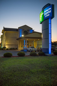 Holiday Inn Express Hotel Suites Wauseon