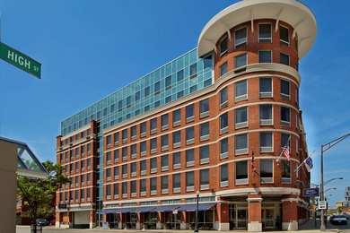 Hampton Inn & Suites Downtown Columbus