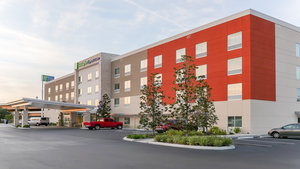 Holiday Inn Express Hotel & Suites East Tampa