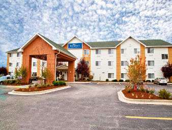 Hotels near Six Flags Great America, Chicago See All Discounts