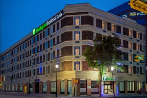 Holiday Inn Express Hotel & Suites Downtown Regina