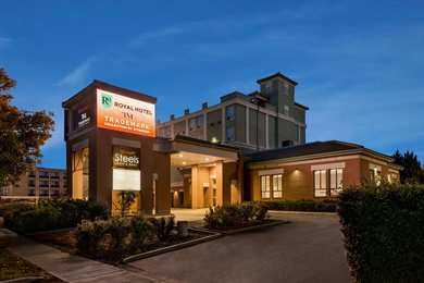 Executive royal hotel regina sk see discounts University of regina swimming pool