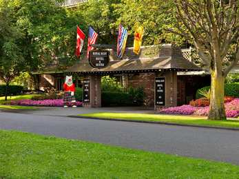 Royal Scot Hotel & Suites Victoria