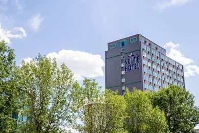 Campus Tower Suite Hotel Edmonton