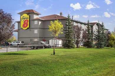 Super 8 Hotel Whitecourt