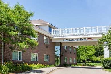 Baymont Inn & Suites Airport Des Moines
