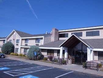Baymont Inn & Suites Lakeville