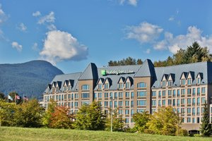 Holiday Inn Hotel Suites North Vancouver