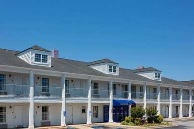 Baymont Inn & Suites Easley