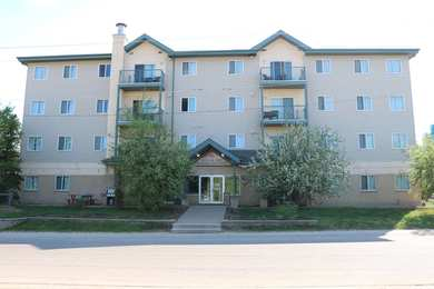 Nomad Hotel & Suites Fort McMurray