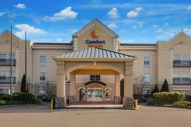 Comfort Suites North Brunswick