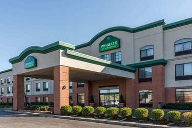 Wingate by Wyndham Hotel Airport Indianapolis