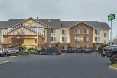 La Quinta Inn & Suites Central Point