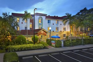 22 Hotels TRULY CLOSEST to Cleveland Clinic Florida, Weston