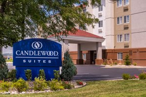 Candlewood Suites West Topeka