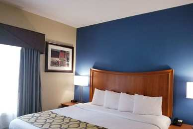 Baymont Inn & Suites Indianapolis