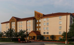 Red Roof Inn Plus Westbury Long Island