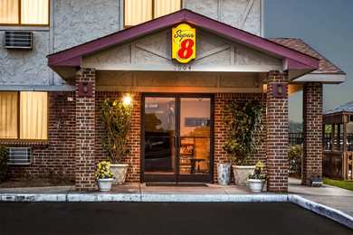 Super 8 Hotel Greenville