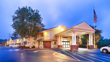 Best Western Plus Sharon Inn