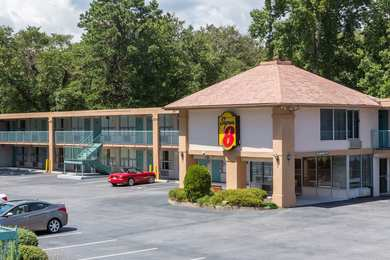 Super 8 Hotel Black Mountain