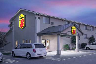 Super 8 Hotel Willmar