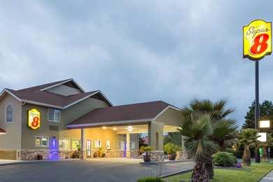 Super 8 Hotel Fortuna