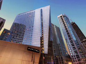 Hotels near Loyola University Chicago School of Law IL