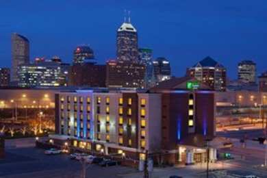 Holiday Inn Express Indianapolis City Center