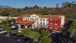 Holiday Inn Express Hotel & Suites Lake Forest