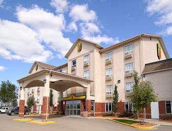 Super 8 Hotel High Level