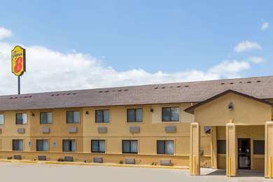 Super 8 Hotel Newton