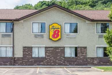 Super 8 Hotel Delmont