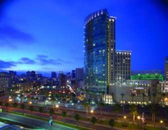 Hotels near Petco Park, San Diego See All Discounts