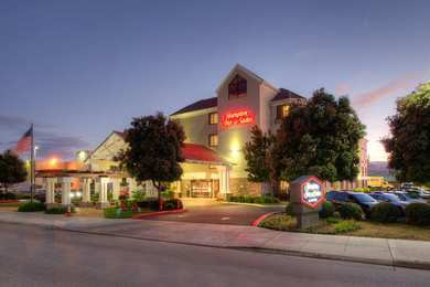 Hampton Inn & Suites Burlingame