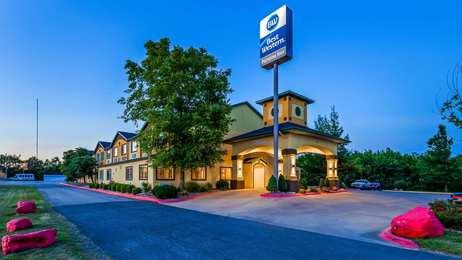 Best Western Inn Parsons
