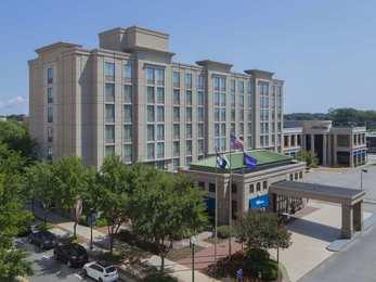 Hilton Garden Inn Town Center Virginia Beach