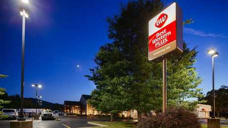 Best Western Plus University Inn Olean