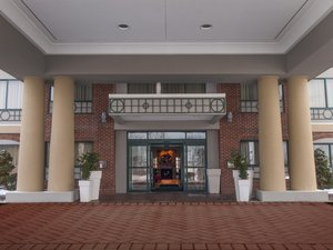 Hotels Near Buffalo Airport With Park And Fly