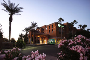 Holiday Inn & Suites Chandler