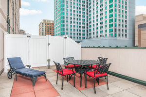Courtyard By Marriott Downtown Hotel Stamford