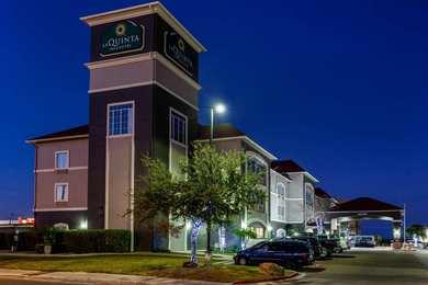 La Quinta Inn & Suites Airport Laredo