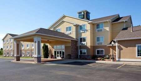 GrandStay Hotel & Suites Becker