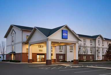 Baymont Inn Suites Buffalo Airport Chewaga