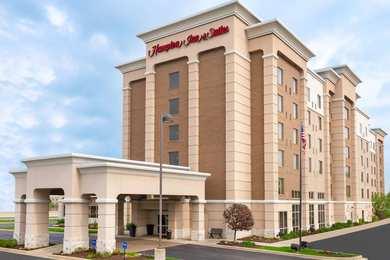 Hampton Inn & Suites Beachwood